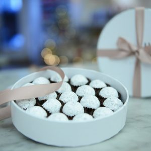 Chocolate bloom guide; Melt's Champagne Truffle Gift Box